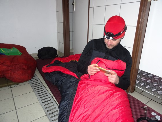 Overnachten in het damestoilet