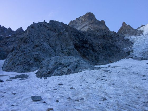 Het begin van de noordgraat van Mont Pelvoux
